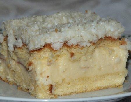 Kokosowe ciasto z delikatnym białym kremem