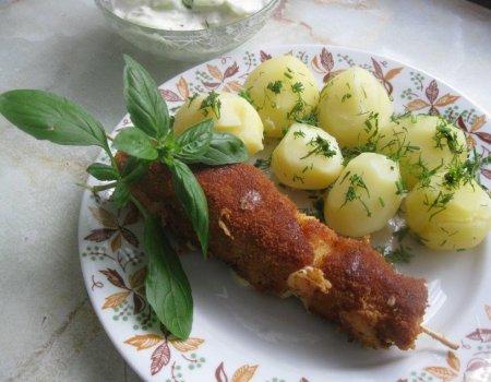 Szaszłyki drobiowo-serowe z patelni