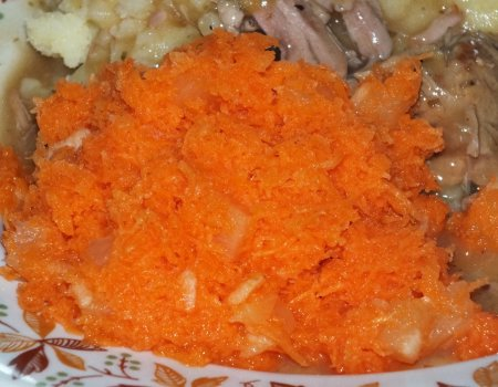 Szybka surówka z marchewki i ananasa