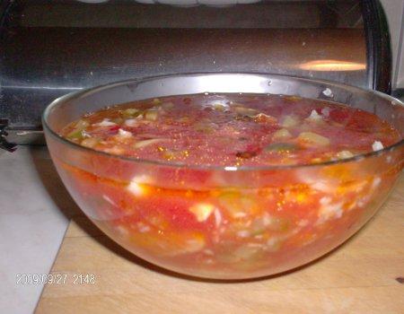 Ryba w sosie pomidorowo-cebulowo-ogórkowym. Idealna na wigilijny stół.
