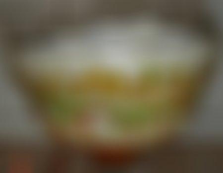 Sałatka z paluszków krabowych