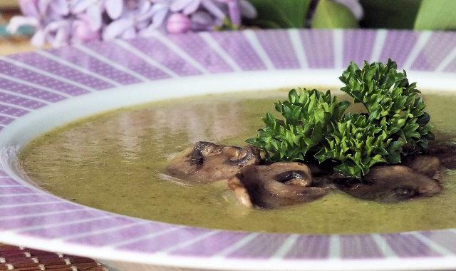 Brokułowa zupa krem na rosole