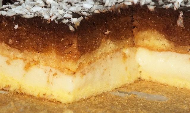 Cukiniowo-jabłkowe ciasto z cytrynową nutką