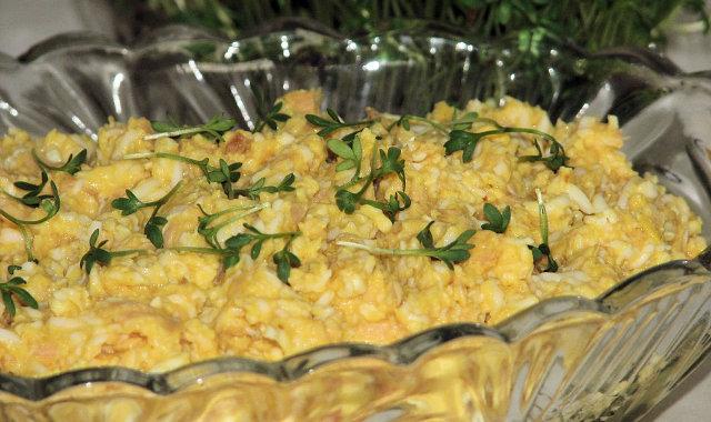 Dietetyczna pasta z łososiowych brzuszków na Wielkanoc