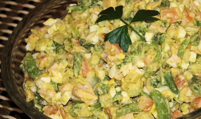 Dietetyczna sałatka z fasolką szparagową