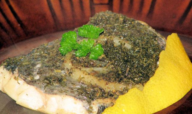 Miruna w cytrynowo-ziołowym sosie