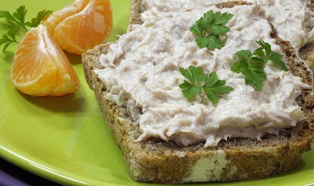 Pasta z sera Feta i tuńczyka