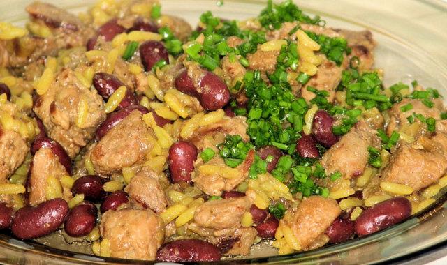 Potrawka indycza z ryżem na kolorowo
