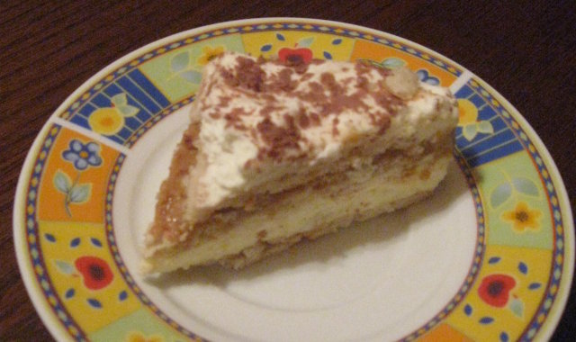 Słodkie ciasto z krakersami