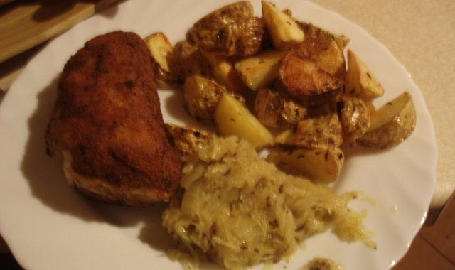 Faszerowany schab z pieczonymi ziemniakami i kminkiem