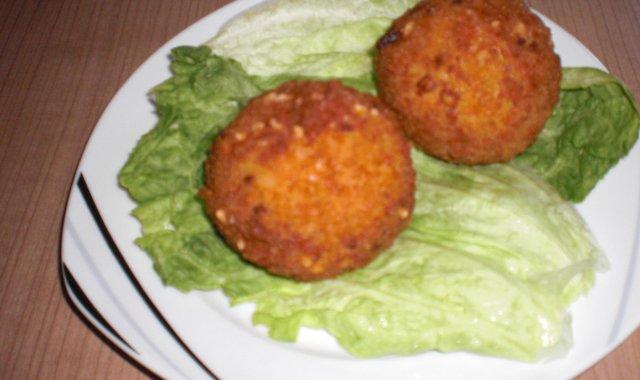 Kule Serowo ryżowe z mięsem , Arancini