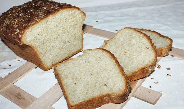 Chleb żytni ze słonecznikiem na zakwasie