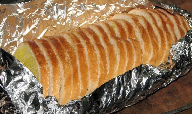 Masło czosnkowe do pieczywa z grilla