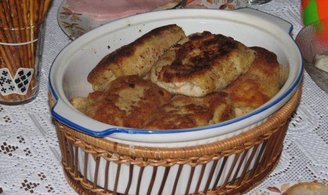 Krokiety z kapustą kiszoną i pieczarkami
