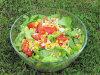 Kolorowa sałatka z sosem sojowym