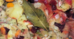 Zapiekanka ziemniaczana z cukini�, marchewk� i buraczkami