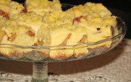 Ciasto drożdżowe z jabłkami, budyniem i kruszonką