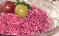 Czerwona kapusta z owocami