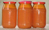 Domowy sok jabłkowo-marchewkowy