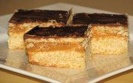 Kruche ciasto z karmelem i herbatnikami