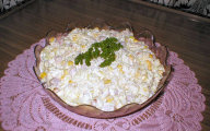 Sałatka z ananasem i selerem