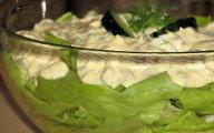 Zielona sa�ata w towarzystwie jajek