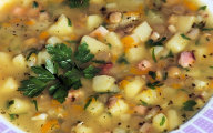 Zupa z soczewic� i cukini�