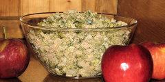 Brokułowo-kalafiorowa sałatka z wędlinką