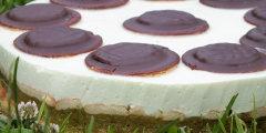 Ciasto rabarbarowo-jogurtowe na zimno