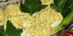 Jajka faszerowane broku�em