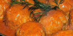 Kulki ry�owe z mi�sem w pomidorowym sosie