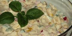 Paprykowo-serowa sałatka