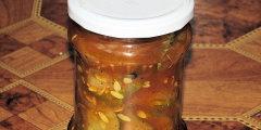 Sa�atka og�rkowa z curry