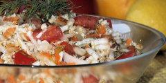 Sur�wka z pekinki i pomidor�w