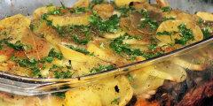 Zapiekanka ziemniaczana z marchewk� i pieczarkami
