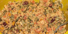 Kolorowa sałatka do grilla