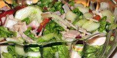 Sur�wka obiadowa z zielonej sa�aty i szynki