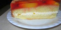 Ciasto torcik z brzoskwiniami