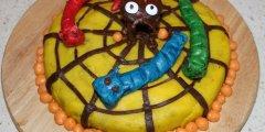 Ciasto z dyni� dekorowane mas� cukrow�