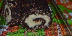 Kokosowo- krakersowa rolada