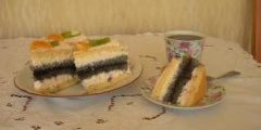 Tort �mietankowo - makowy