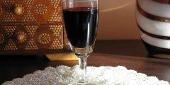 Nalewka z czarnego bzu i rumu