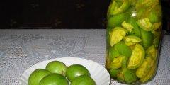 Nalewka z orzecha włoskiego