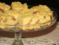 Ciasto dro�d�owe z jab�kami, budyniem i kruszonk�