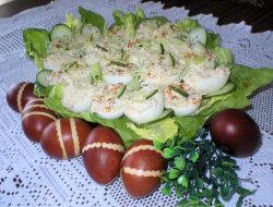Jajka faszerowane szynk� i og�rkiem