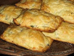 Pakieciki z broku�em i pieczarkami w cie�cie francuskim
