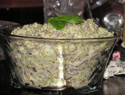 Sałatka brokułowo-pieczarkowa