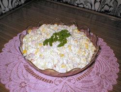 Sa�atka z ananasem i selerem