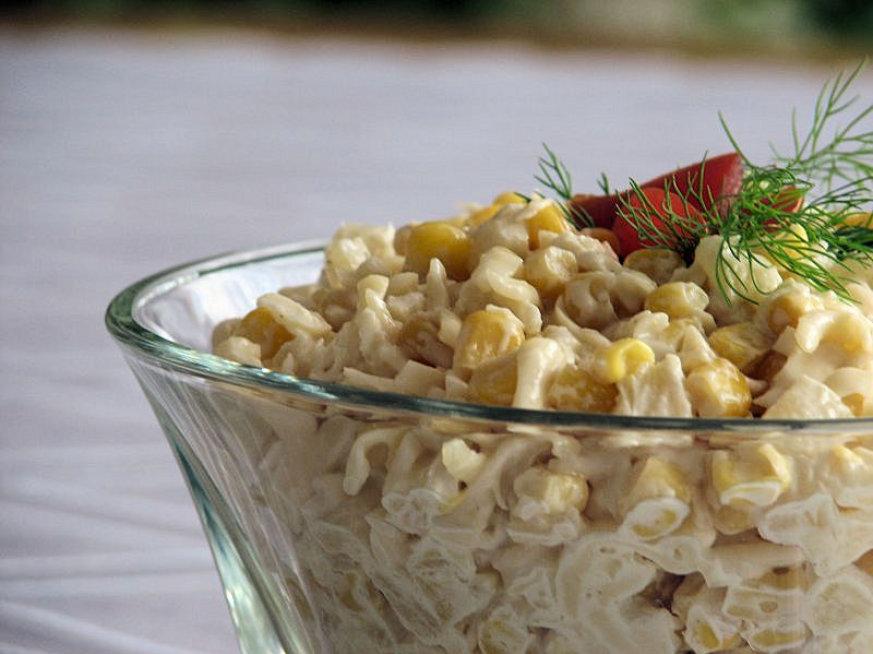 Salatka Z Ananasem I Czosnkiem Przepisy Kulinarne Salatki