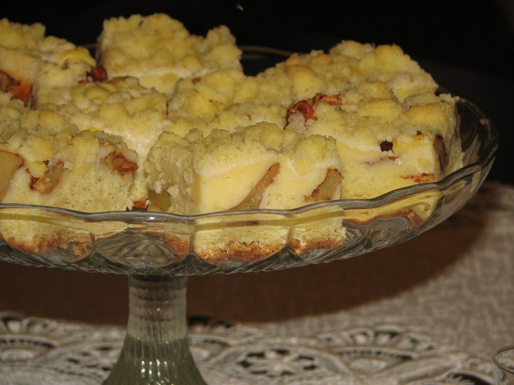 Ciasto Drożdżowe z Serem i Jabłkami Ciasto Drożdżowe z Jabłkami